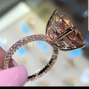 New trendy champagne CZ rose gold geometric ring